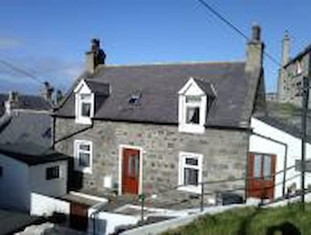 Pebbble Bay Cottage