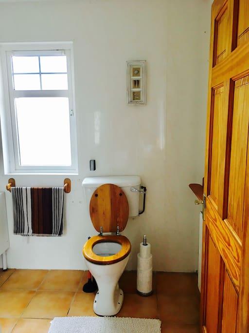 Private ensuit bathroom.
