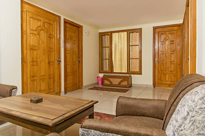 """Kasauli Paradise Home Stay 