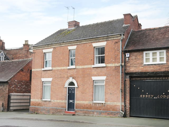 7 MONKMOOR ROAD, country holiday cottage in Shrewsbury, Ref 970174