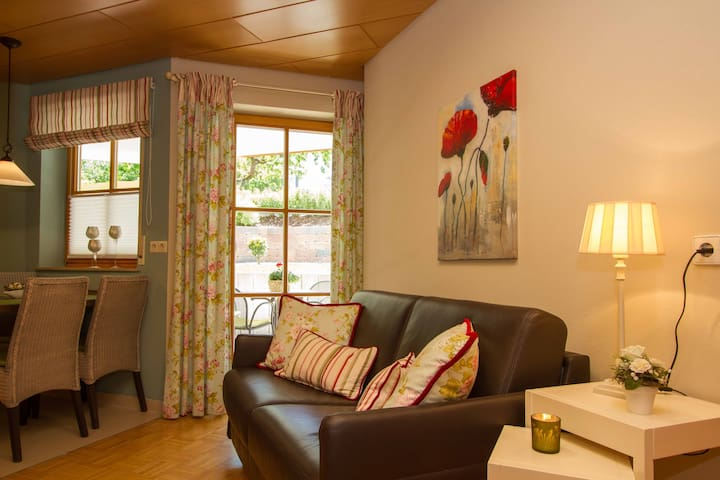Gästehaus Trostelhof, (Salem), Ferienwohnung 8, 52 qm, 1 Schlafzimmer, max. 2 Personen