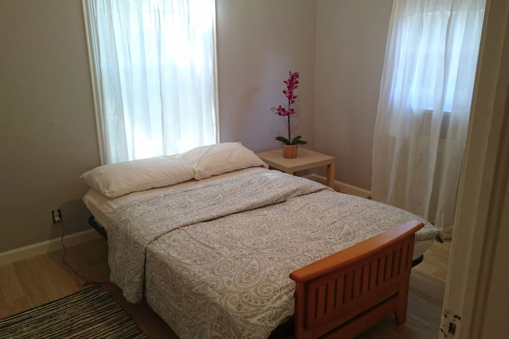 Bedroom 2 with double size bed