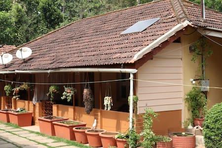 Garden Villa Homestay (Coorg) R2