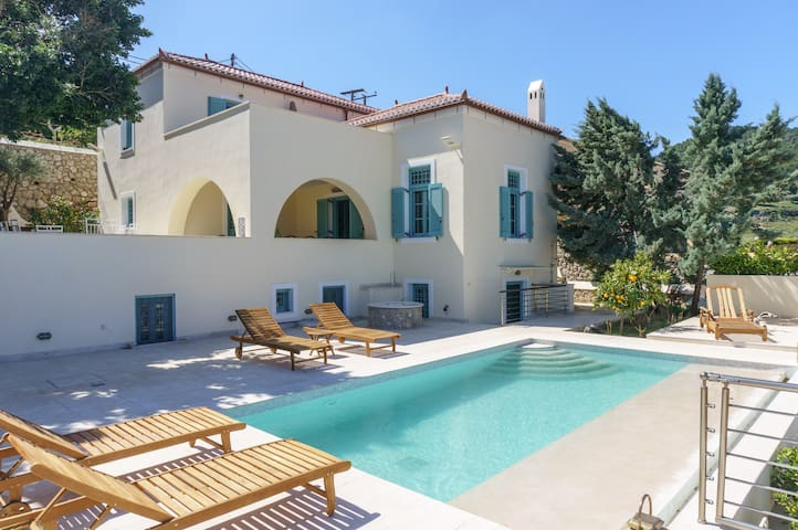 The Great Gatsby 6BR villa overlooking Spetses old town by JJ Hospitality