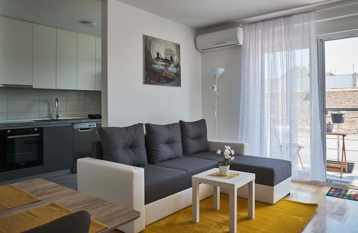 Apartman Lux u centru Osijeka