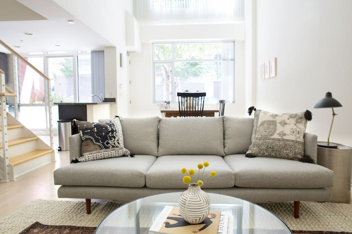 Chic Loft-Style 1BR in Mission Bay by Sonder