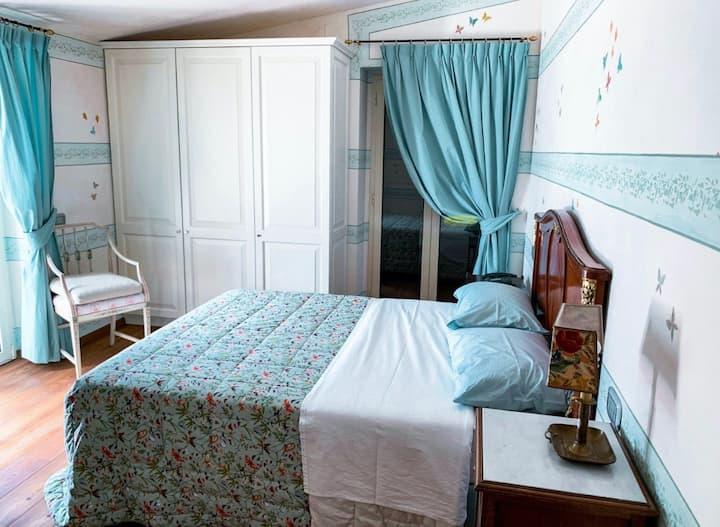 Relais Toulà -stanza privata- villa  con 7 camere