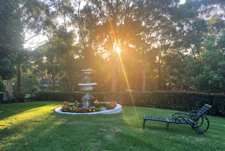 Relax at little Haslemere House... - Buttaba - Departamento