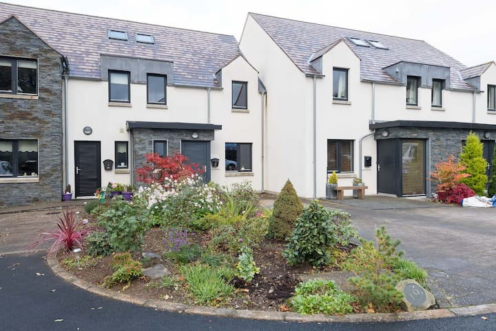 Home from home and contemporary living - Saintfield - Huis