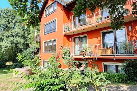 Apartment Ilex: large apartment, beatiful garden