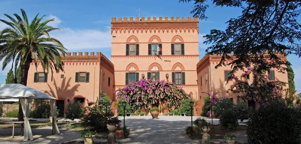 Villa Emilia - historic dwelling  for your holiday - Casalappi - Villa
