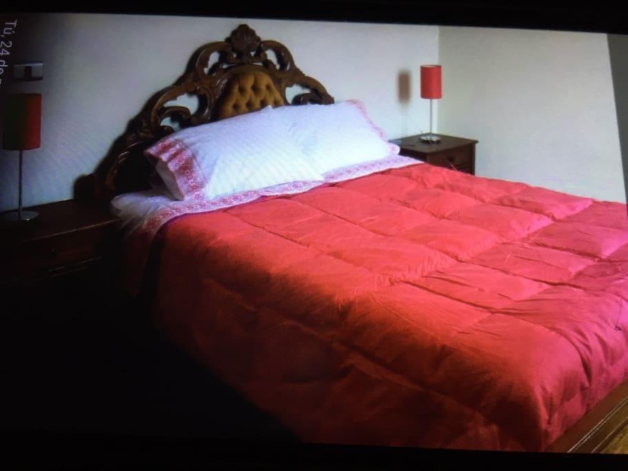 Dormitorio dos. Abajo cama de 1 1/2 pkaza y arriba de 1 plaza con seguridad