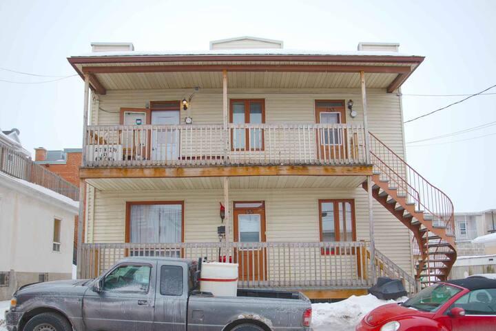 Petit appartement près des Chutes-Montmorency