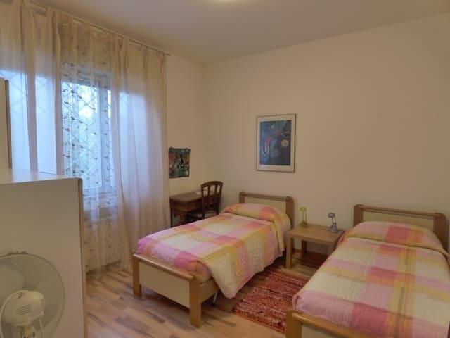"""Affittacamere """"Al canneto"""": stanza per una persona - Gradisca d'Isonzo - Leilighet"""