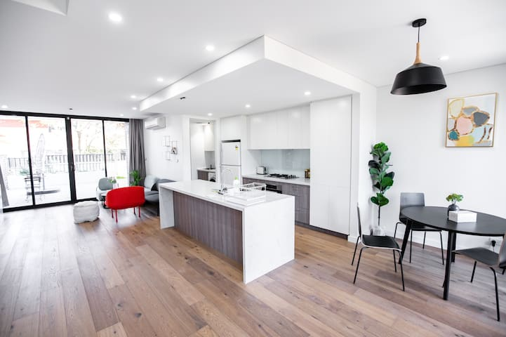 Brandnew Townhouses - sweet holiday space