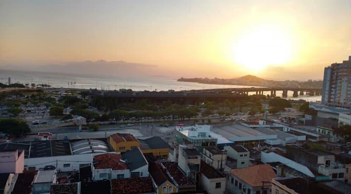 Apto centro de Florianópolis super bem localizado
