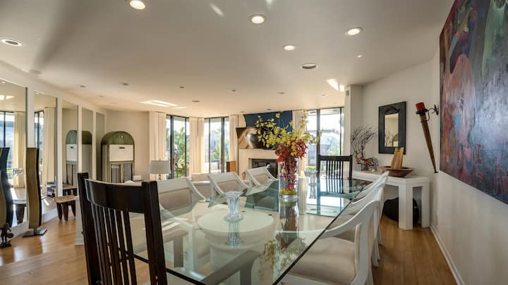 Incredible Lagoon-Front Home in Marina Del Rey!