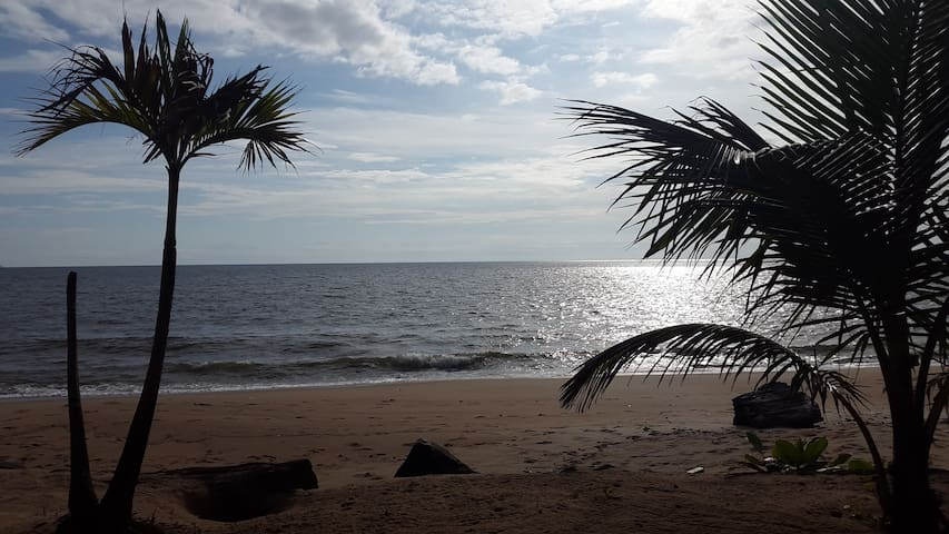 Apartment in big house & Top security - Libreville
