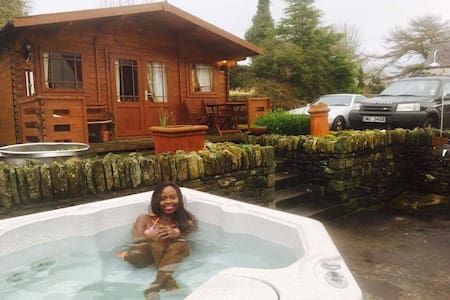 Chalet Sauna jacuzzi 10 m to Derry - Londonderry