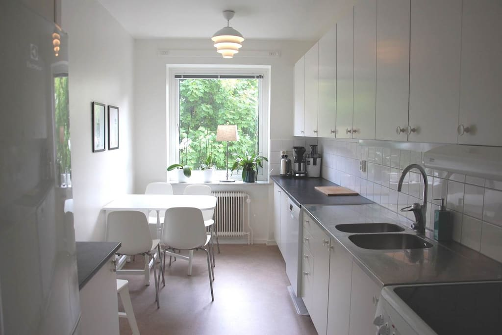 Cosy newly renovated kitchen that is fully equipped