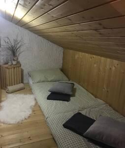 Matratzenlager für 2 Personen