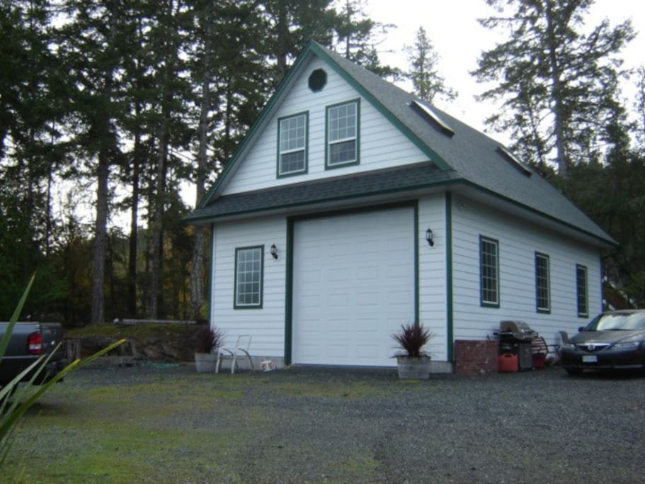 Newly built upstairs suite nestled into forest .  Close to East Sooke Park.  Your own private suite with easy parking.