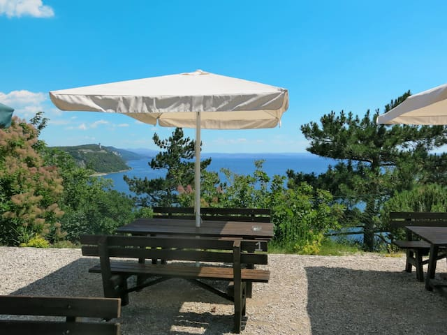 Mobile home Mare Pineta in Baia Sistiana
