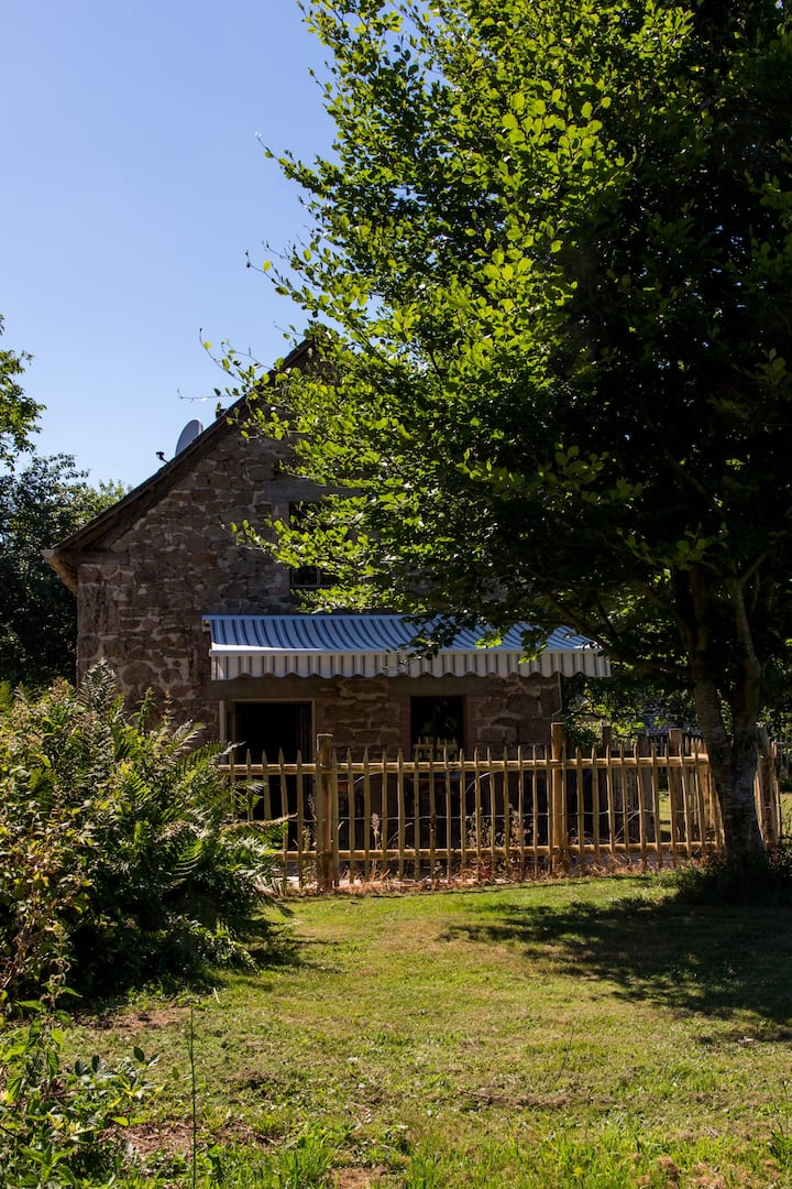 'Four a Pain'' Charlannes    Vallée de la Dordogne