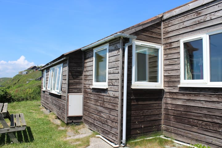 Ferndale, Tregonhawke. Holiday Chalet by the sea. - Millbrook - Chalé