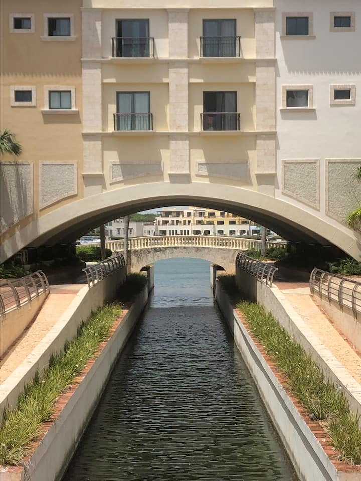 Charm apartment canal-side Cap Cana