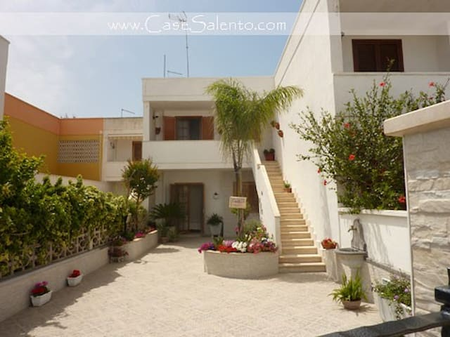 Lovely flat in Torre dell'orso - Torre Dell'orso - House