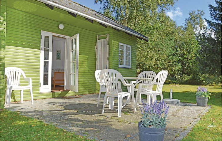 Holiday cottage with 2 bedrooms on 37 m² in Vig