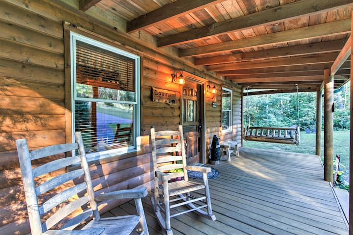 NEW! 2BR Cosby Log Cabin w/Fire Pit, Mtn. Views!