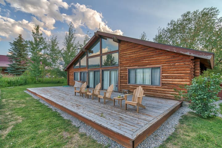 Gorgeous Teton Cabin