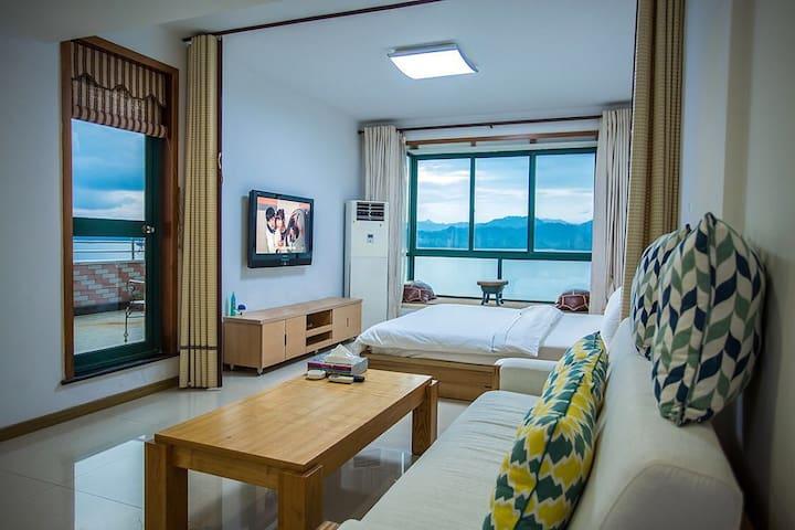 千岛湖全湖景顶楼露台公寓
