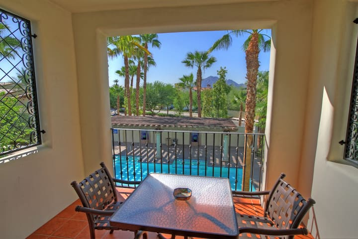 (LV014) Upstairs Legacy Villas Studio with a View of the Pool
