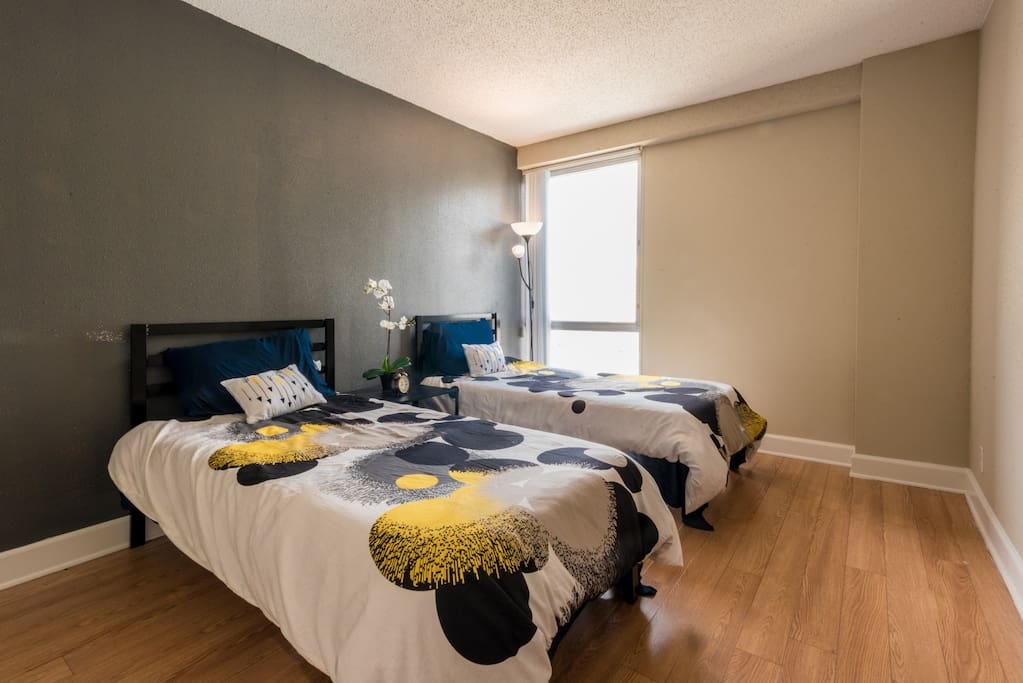 The second bedroom features two twin beds - ideal for a family trip or some friends who want to get together.