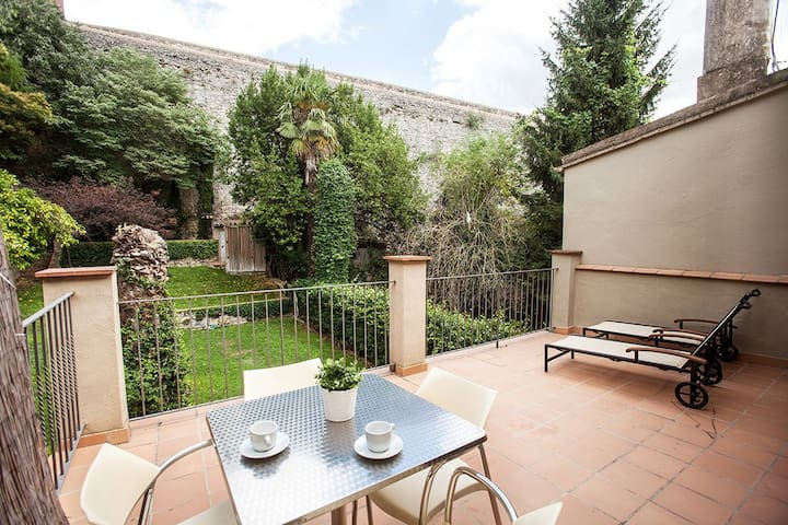 Old town – Duplex apartment with terrace - Girona - Wohnung