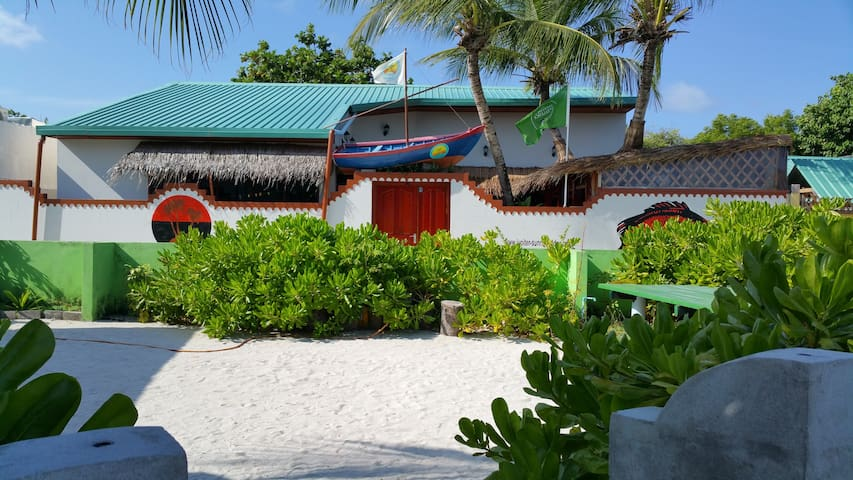Jupiter Sunrise Lodge, Bed & Breakfast, DR