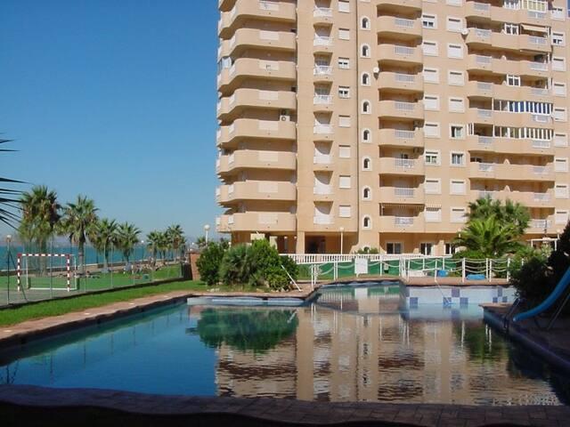 Apartments on the beachfront. Ref.puerto playa-23