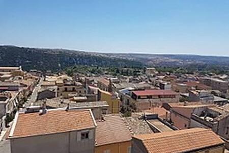 Casa in paese di Cassaro