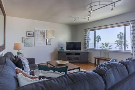 NEW - Oceanfront 2BR in La Jolla - San Diego