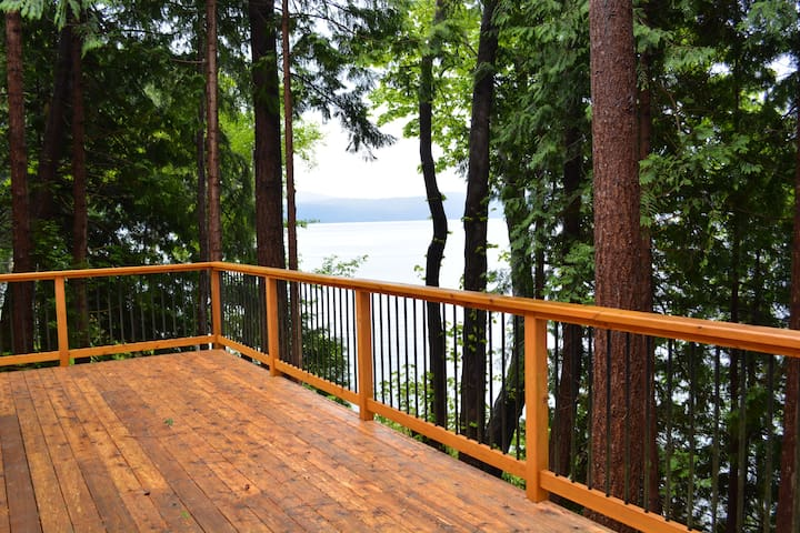 Oceanfront Cabin - South of Powell River