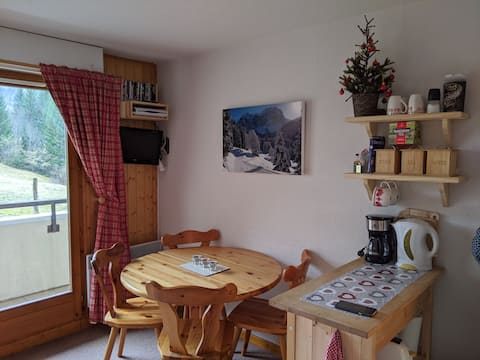 Grand Cerf Ski and Mountain apartment near Morzine