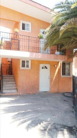 Dos bellos aptos con cama cerca UAP - Puebla - Huoneisto