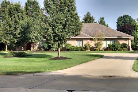 3654 Sanctuary Drive -2016 RNC ONLY - Haus