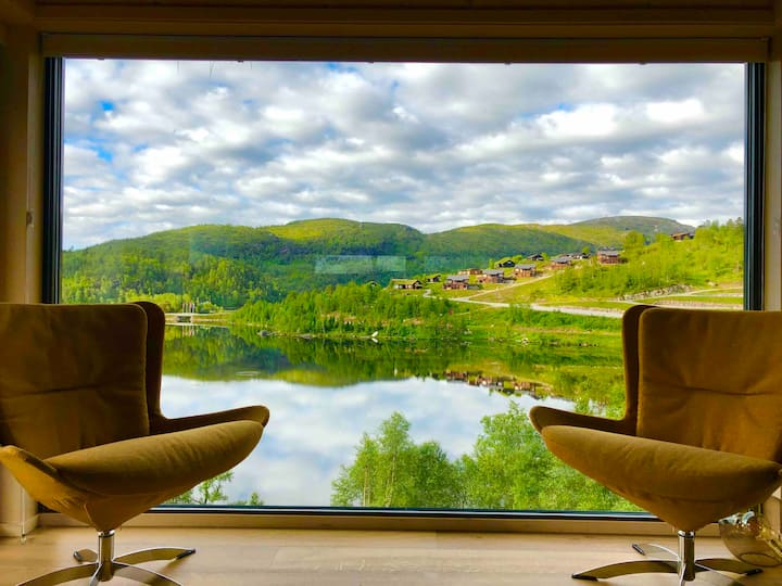 Sirdal Resort. Panorama lake view. High standard.