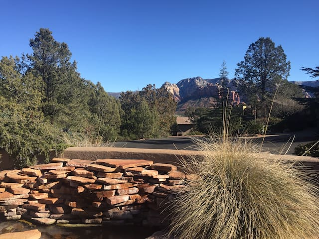 Sedona Home 3/2 - Great Views & A Walk to Town