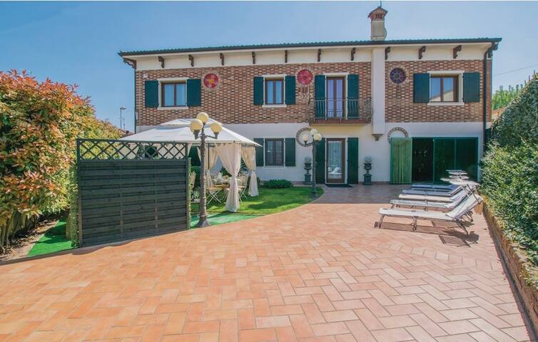 Villa dell'800 3 bedrooms on 210m²,Pool and Garden