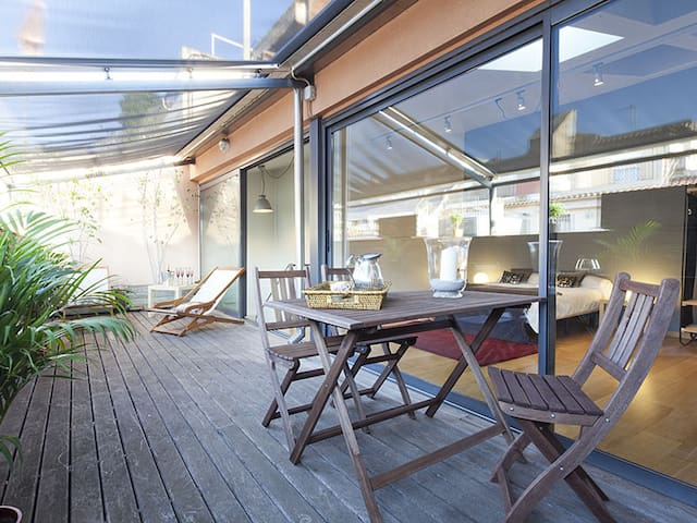Attic Apartment in Bonanova with Private Terrace